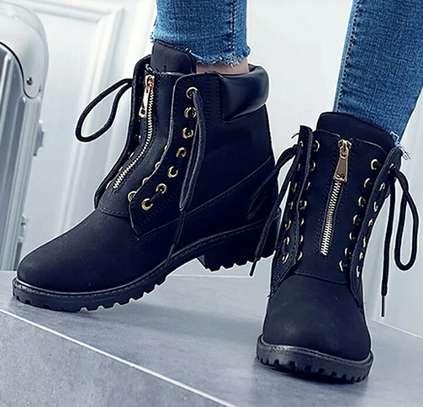 Unisex Timberland Boots image 2