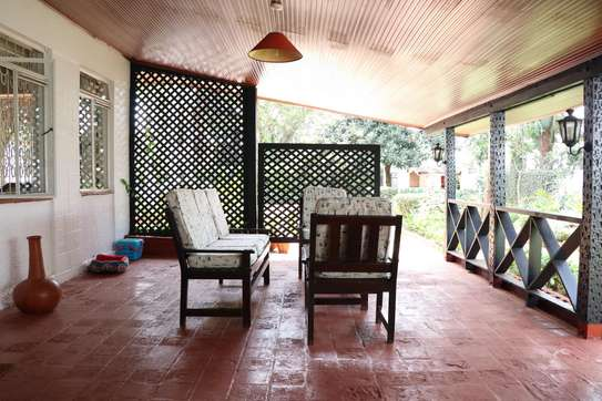 Furnished 2 bedroom house for rent in Gigiri image 2