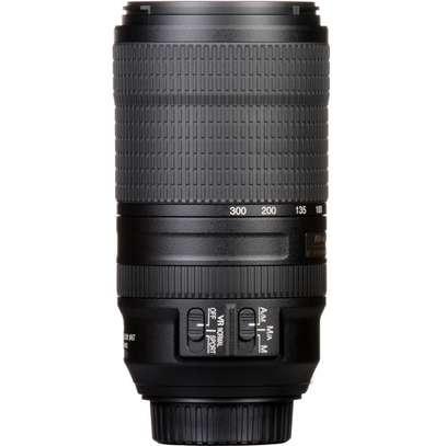 Nikon AF-P NIKKOR 70-300mm f/4.5-5.6E ED VR Lens FX image 3