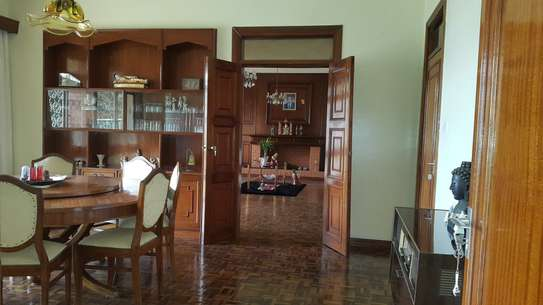 commercial property for rent in Rhapta Road image 5