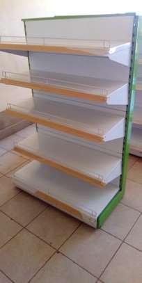 Shop shelves and display units image 7
