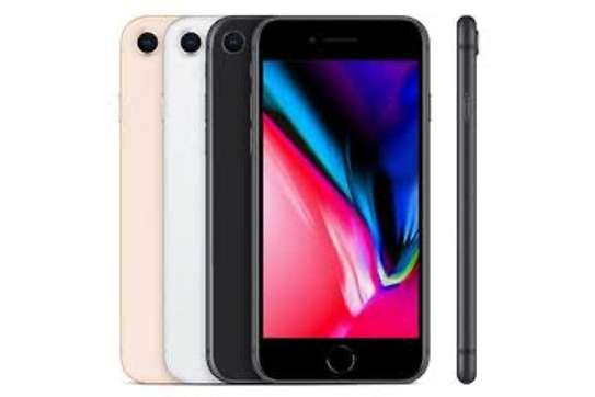 Iphone 8 image 1