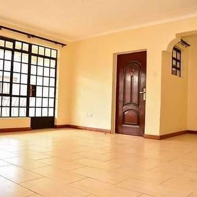 To Let - THINDIGUA A homely 3bedroom master ensuite. image 3