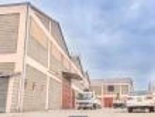 799 m² warehouse for rent in Imara Daima image 3