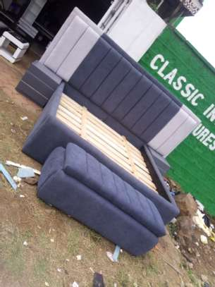 Elegant King/Queen size beds - Chester style image 2