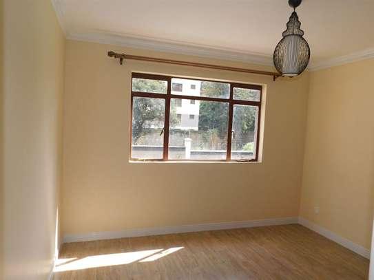 Lavington - Flat & Apartment image 9