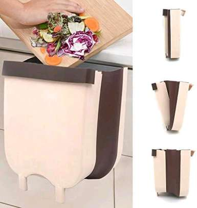 Collapsible Expandable dustbin over the shelf image 2