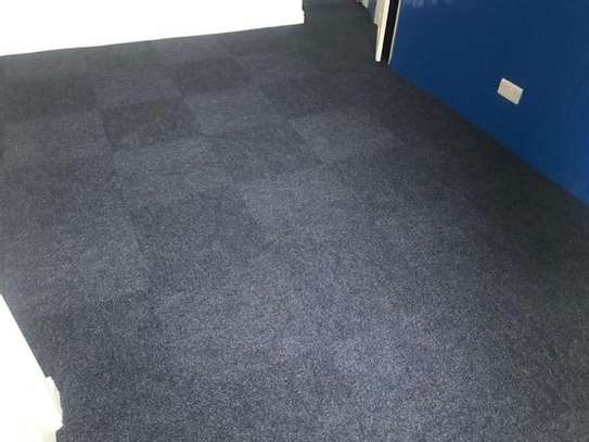 2 bedroom wall to wall carpets image 4