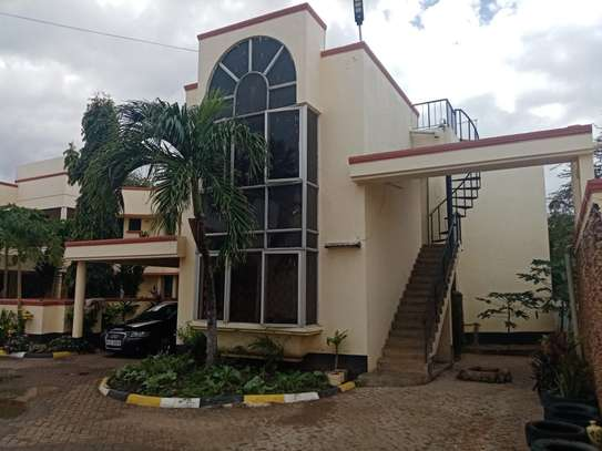 4br house for rent in Nyali Beach Road. image 1