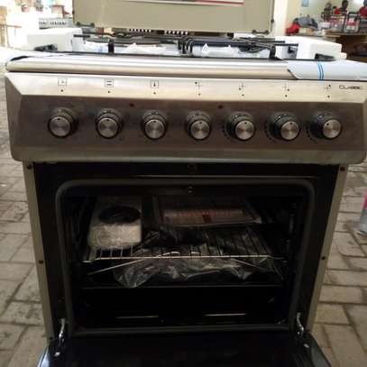 free standing cooker image 5
