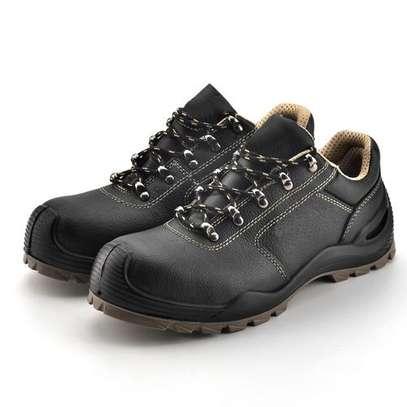 Yamato Low Cut Safety Shoes image 2