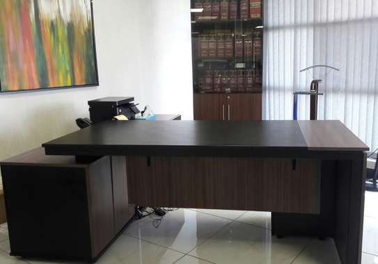 Office Desk and Stationery Cabinet