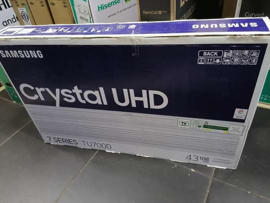 43tu7000 Samsung 43 inch smart crystal uhd tv image 2