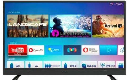 Skyworth digital smart android 32 inches image 1