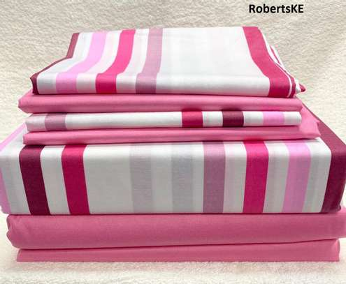 6by6 stripped bedsheet image 1
