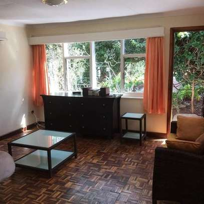 1 bedroom fully furnished cottage available for rent image 7