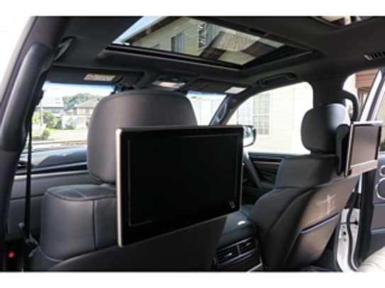 Lexus Lx570 2018 Pearl image 10