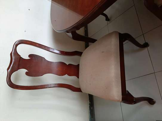 6 seater dining table image 3