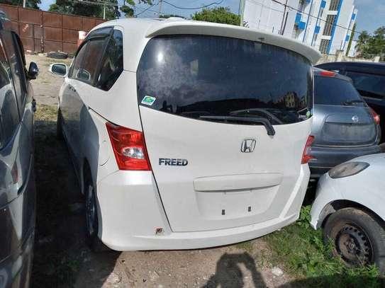 Honda Freed image 10