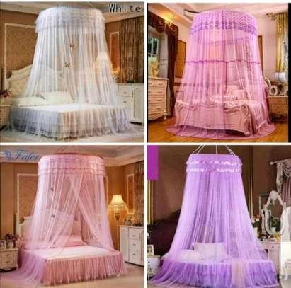 Round net colours
