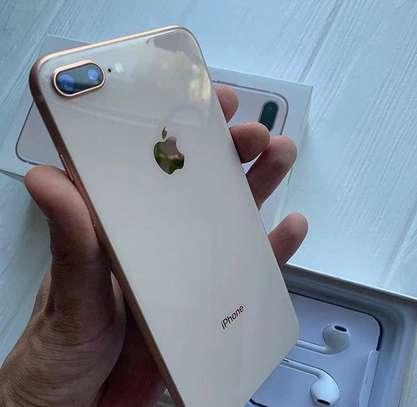 Iphone 8 plus *Gold* *256gb* image 1