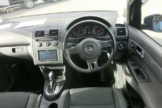 Volkswagen Touran image 6
