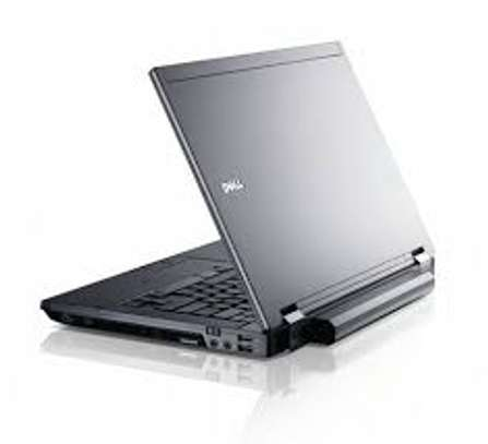 Dell E6410 Core i7 - 4GB / 320GB 14""