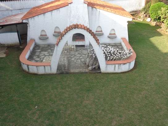 4br beach villa house with 2br guest wing for rent in Nyali. Hr15 - 1229 image 12