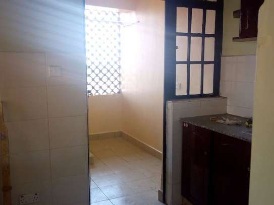 2 bedroom apartment for rent in Nairobi West image 5