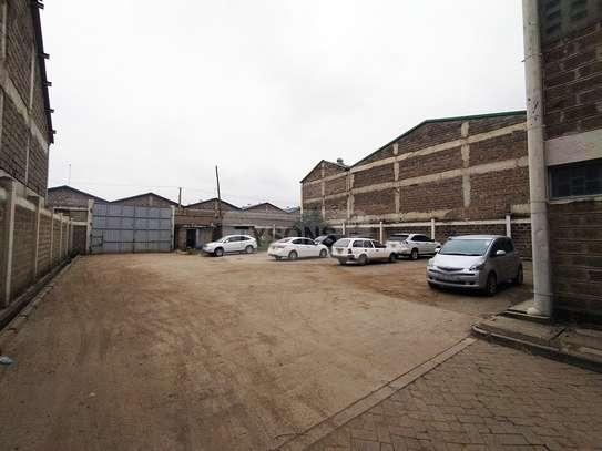 5400 ft² warehouse for rent in Embakasi Estate image 4