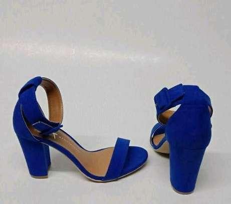 Smart arrival low heels image 1