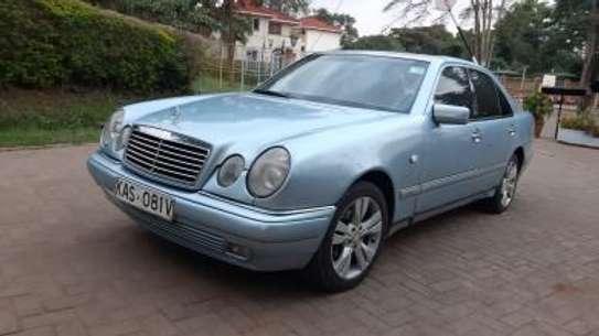 1993 Mercedes-Benz E200 KAS auto petrol drives smooth Mint image 14