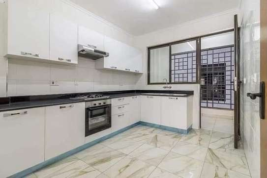 3 bedroom apartment for rent in Kilimani image 7