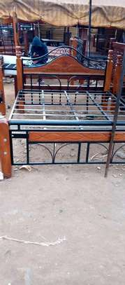 6*6 mix mahogany+ metallic beds. image 1