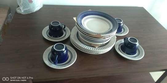 BIONA DINNER SET image 1