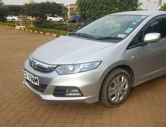 Honda Insight 2012model, New shape image 1