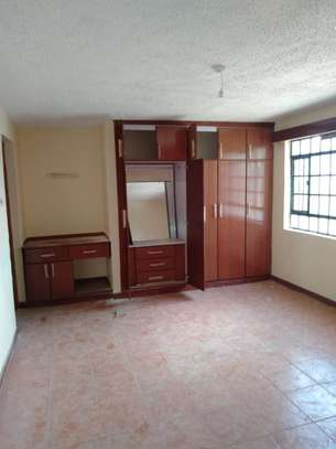 1 bedroom apartment for rent in Kilimani image 6