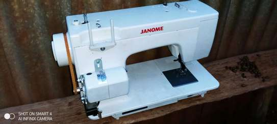 Electric Sewing machine image 2