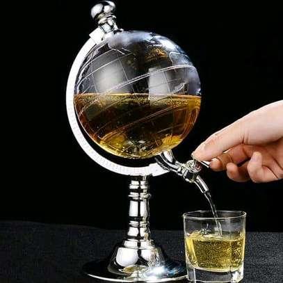 Globe dispenser image 1