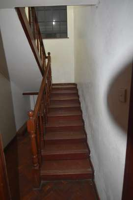4 bedroom apartment for rent in Kilimani image 6