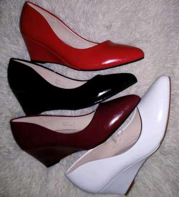 Quality low heel wedges image 7