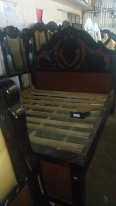 Hardwood engraved and tufted beds image 3