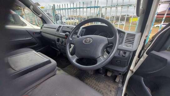 Toyota HiAce image 4