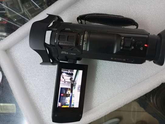 4K Panasonic HC VXF990 Camcorder image 1