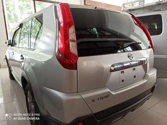 Nissan X-Trail Automatic image 2