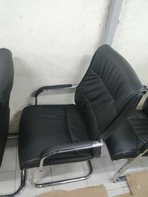Executive office chair image 13