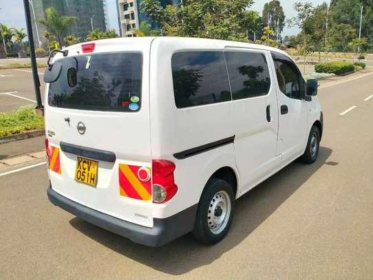 Nissan NV200 image 12