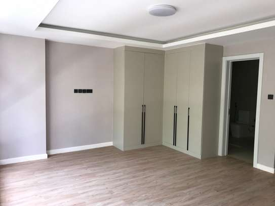 2 bedroom apartment for rent in Brookside image 2