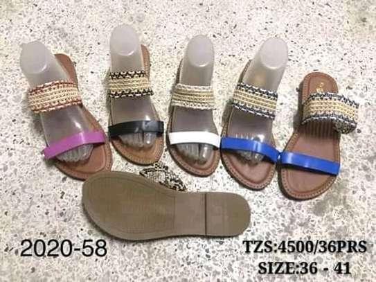Sandals/slide image 1