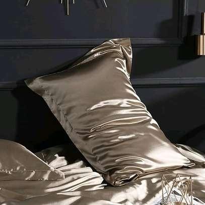 Shani's soft furnishings image 3